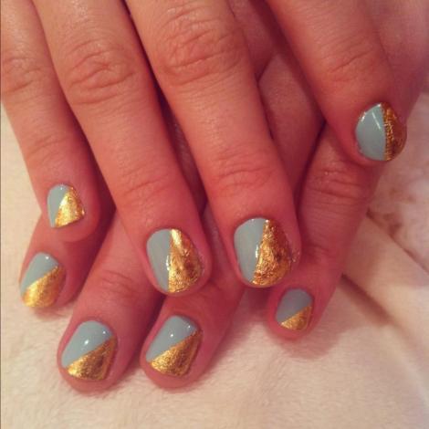 demi-lovato's-cool-nail-designs