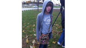 photo curtsey of www.foxnews.com. this is a photo of 13-year-old Skyler Davis who was suspended from his school for wearing a purse.